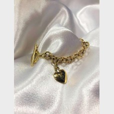 14K Yellow Gold Toggle Clasp Heart Bracelet