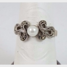 Sterling Silver Ring with Simulated Pearl