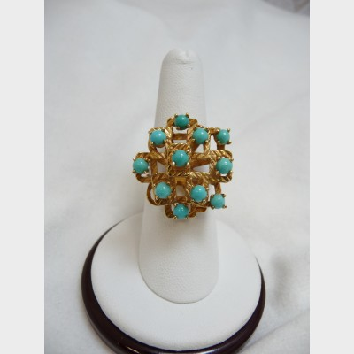 18 K Yellow Gold and Turquoise Ring