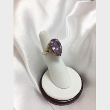18 K Yellow Gold Amethyst Ring